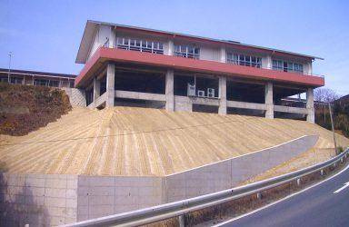 特別養護老人ホーム芳寿荘 デイサ-ビスセンタ-のサムネイル画像